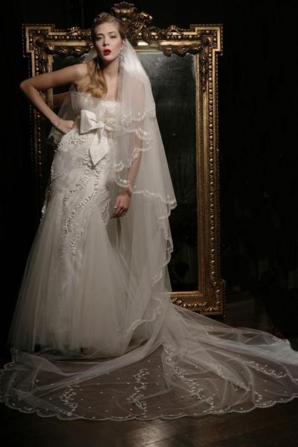 Velo Barroco, Vestido Avantgarde, Ezequiel Garcia | Casamientos Online
