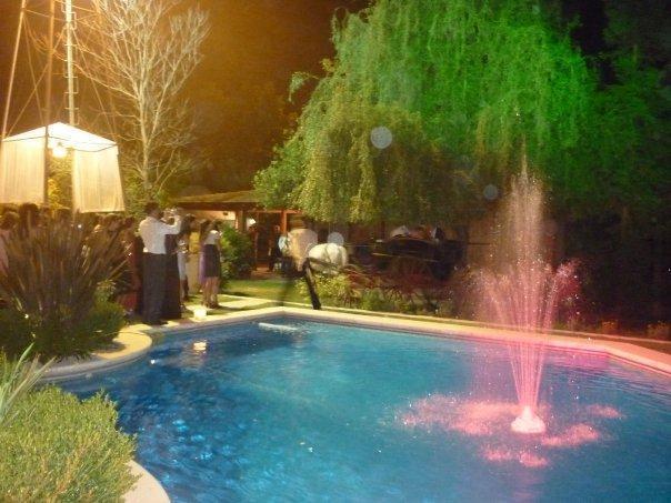 Amplio Jardín con Pileta