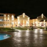 Hotel Howard Johnson Pilar