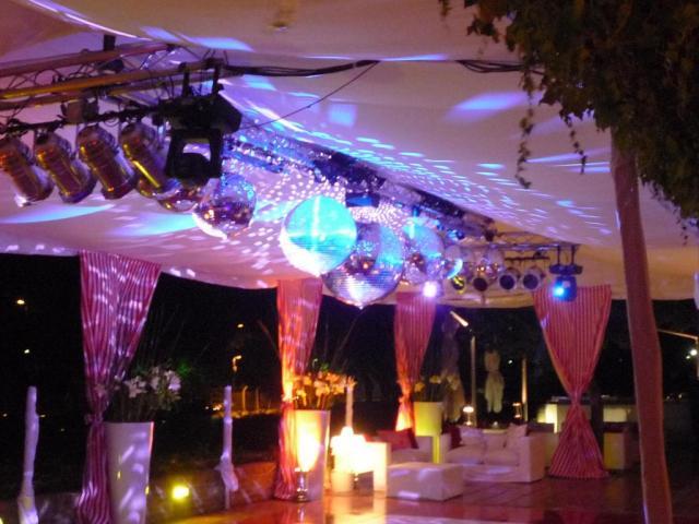 Compañía de Disc Jockeys | Casamientos Online
