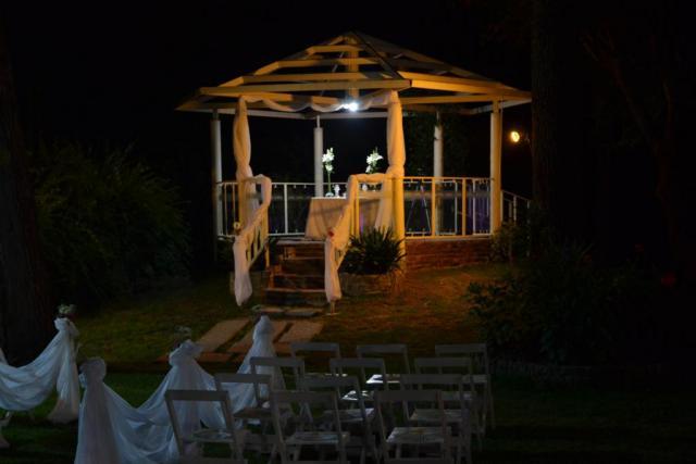 Glorieta - TRECE BARRAS MULTIEVENTOS (Platanos) | Casamientos Online