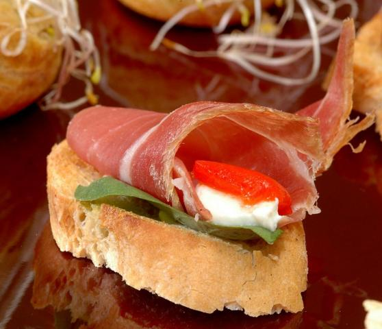 Alef Catering (Catering) | Casamientos Online