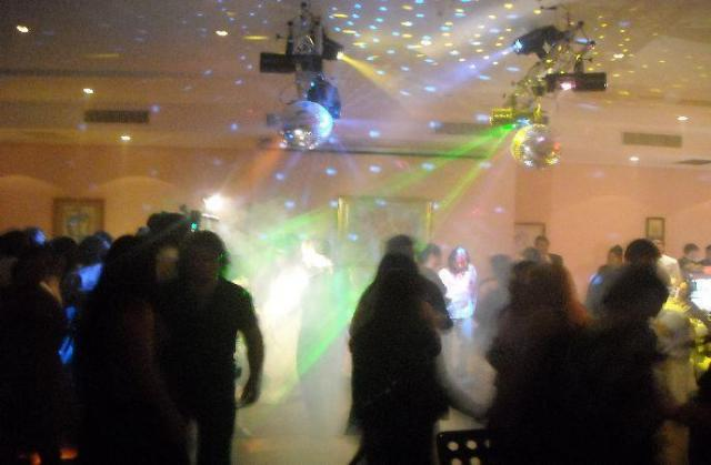 Luces Salon AGUAS BLANCAS (Mte Grande) | Casamientos Online