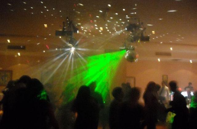 Black-Hole Sonido e iLuminacion (Disc Jockey) | Casamientos Online