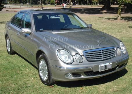 Mercedes Benz E320 Elegance línea nueva | Casamientos Online