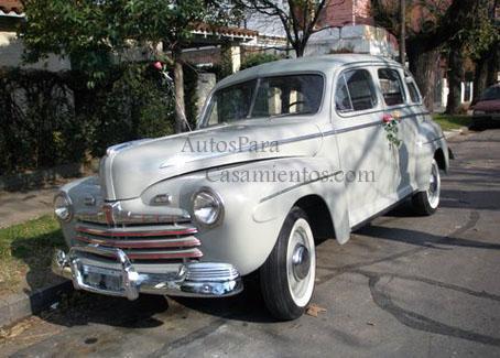 Ford 46 crema | Casamientos Online