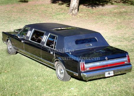 Limo Lincoln azul | Casamientos Online