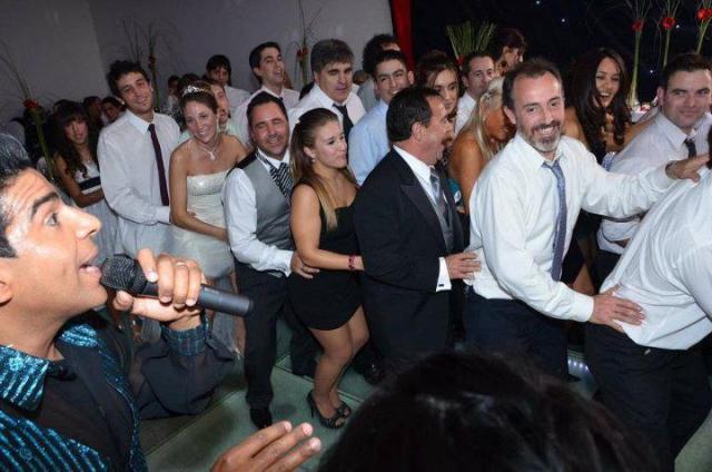 Alex Shows Cubanos (Shows de Entretenimiento) | Casamientos Online