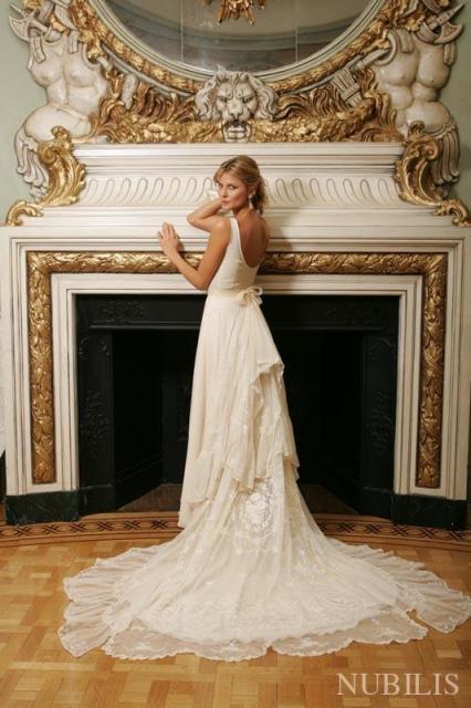 Claudia Oyhandy (Vestidos de Novia) | Casamientos Online