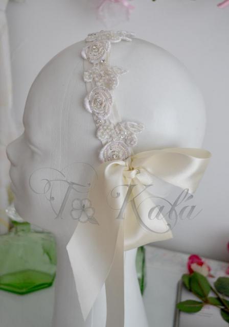 Vicha de encaje bordado | Casamientos Online
