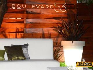 Boulevard 53