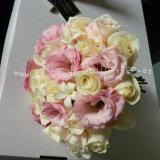 Bouquet Rosado y Crema