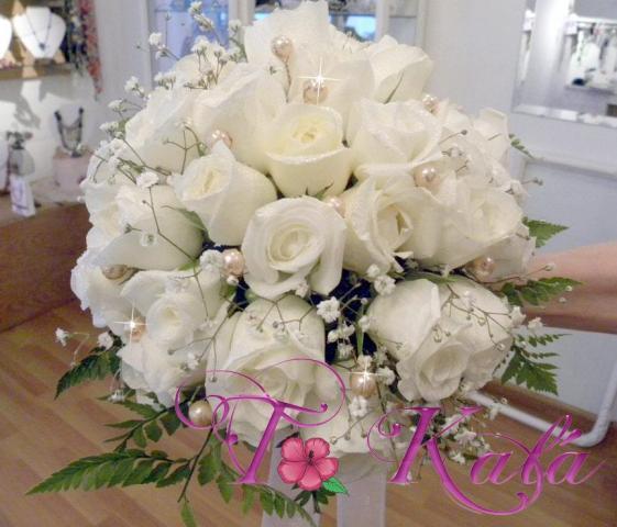 ramo de rosas y perlas | Casamientos Online
