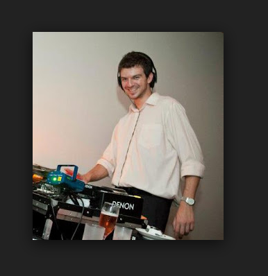 Adrián Riga Música