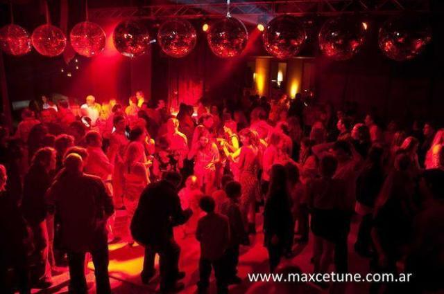 Max Cetuné Eventos | Casamientos Online