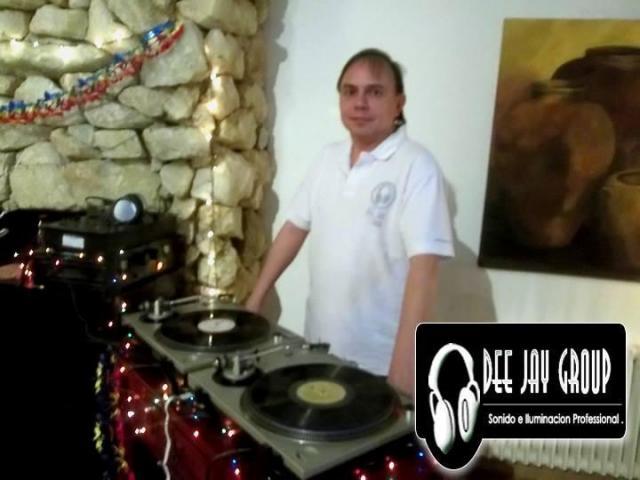 Fiesta 80toza en Vecinos en Guerra ( Telefe ) | Casamientos Online