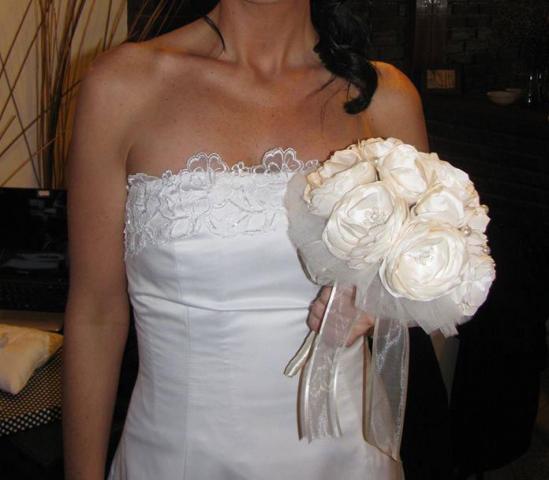 ramo de peonías artesanales | Casamientos Online