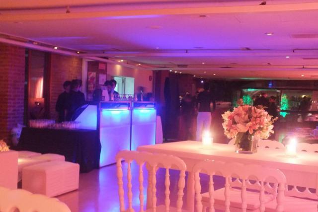 Bonos Cocktails servicio 180 pax. en Club Hipico Argentino