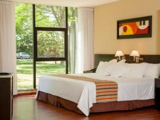 Hotel de Campo Colon