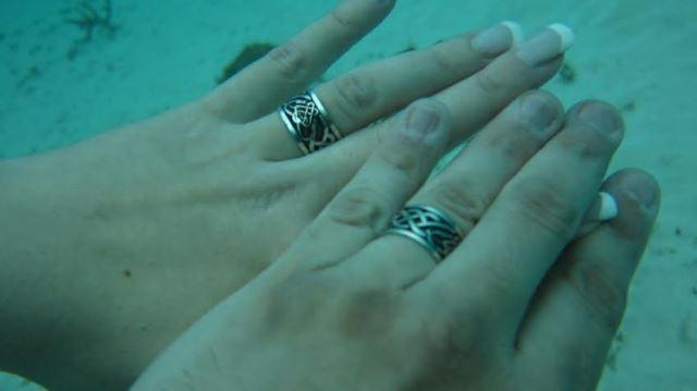 Maria Celeste & Pablo en Playa del Carmen a 20mts de profundidad   Casamientos Online