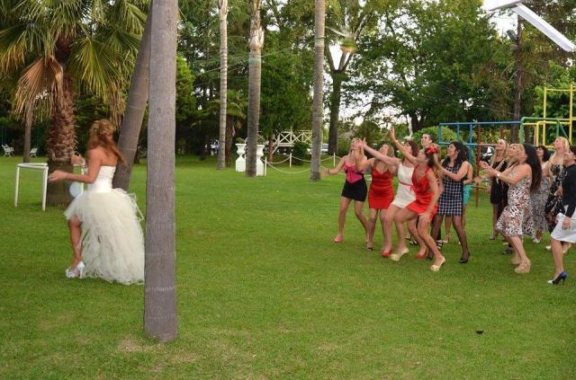 Ramo en el parque | Casamientos Online