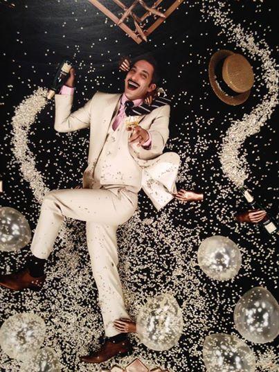 Juan Minujin con traje de Personality para la produccion de fotos de Gaby Herbstein | Casamientos Online