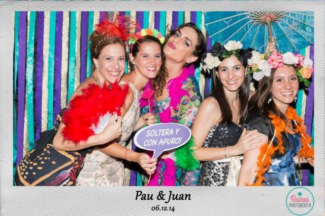 Imagen de Baires Photobooth sobre Cabinas de mensajes, fotos y video | Casamientos Online
