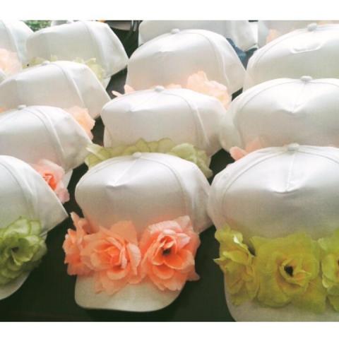 Gorras con apliques | Casamientos Online