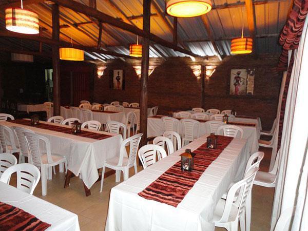 Salón de Fiestas Camping del Arroyo