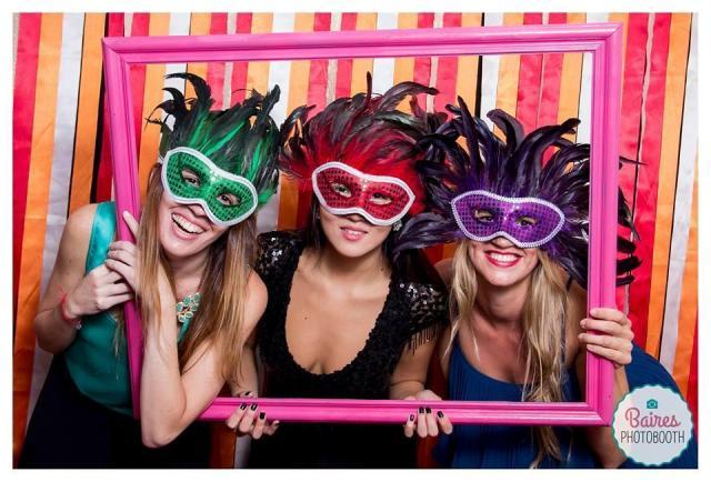 Baires Photobooth (Cabinas de mensajes, fotos y video) | Casamientos Online