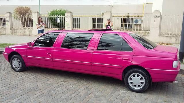 Limusina Pink Unica en Argentina | Casamientos Online