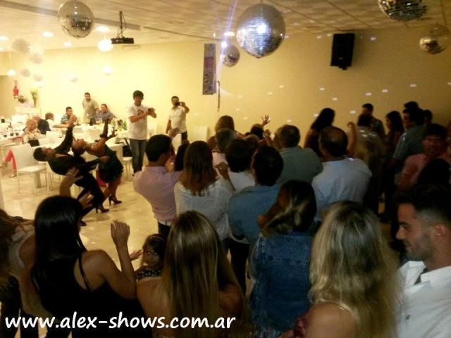 Pareja de Salsa-Alex Shows | Casamientos Online