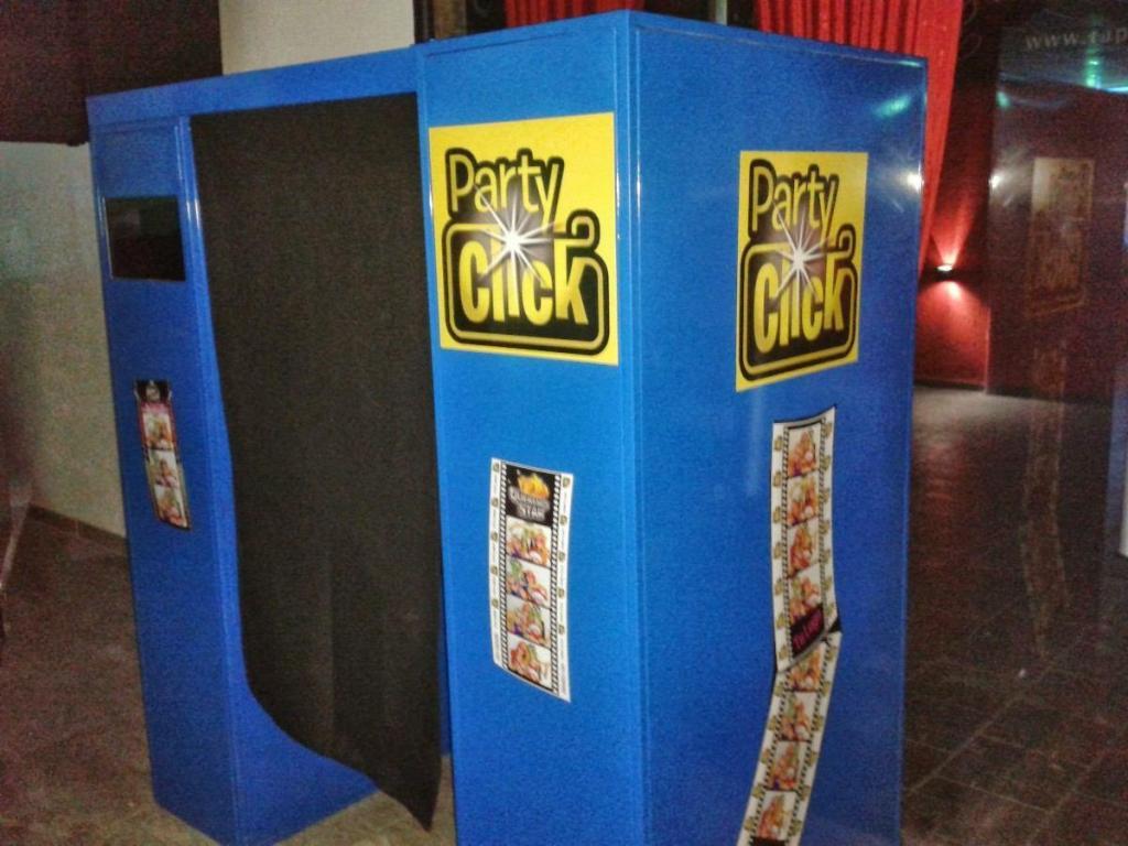 PARTY CLICK (Foto y Video)