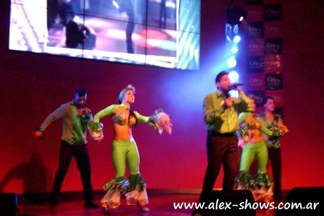Alex Shows Cubanos | Casamientos Online