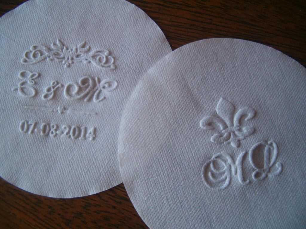 Posavasos personalizados  de papel simil tela