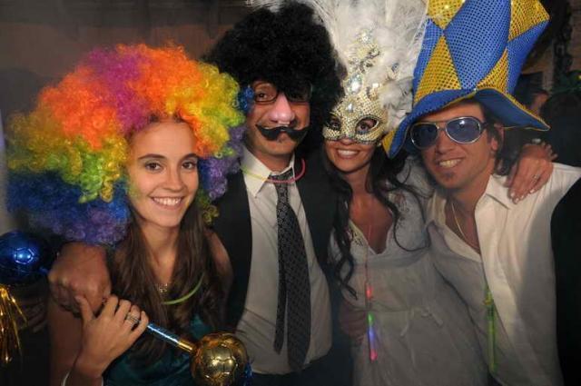Party Go (Cotillón) | Casamientos Online