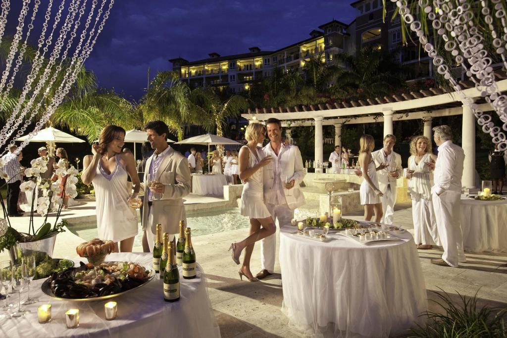 Sandals Resorts (Luna de Miel en Caribe)