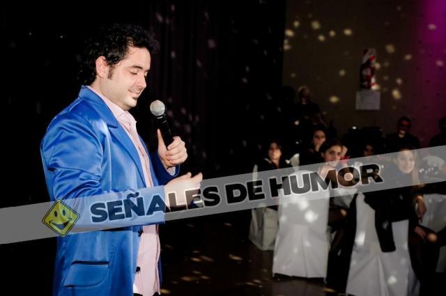 SEÑALES DE HUMOR - STAND UP | Casamientos Online