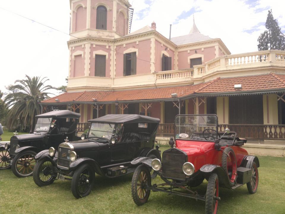 Guillermo Watson te ofrece autos para tu boda...