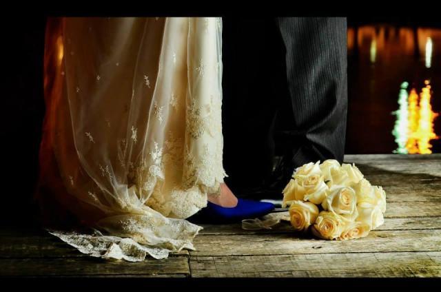 Taco en punta azul | Casamientos Online