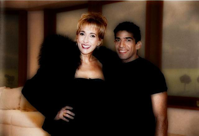 Alex Muñoz y Georgina Barbarossa | Casamientos Online