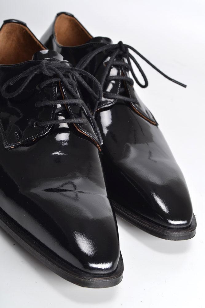 Zapatos de Charol Negros con Punta Finas