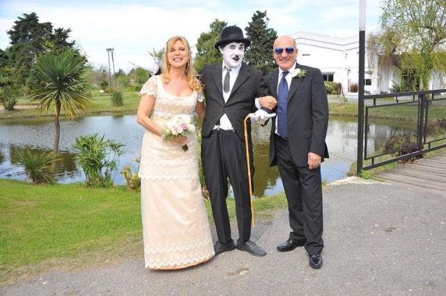 Personaje Chaplin | Casamientos Online