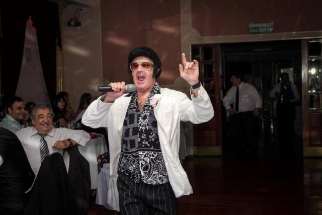 Personaje Elvis | Casamientos Online