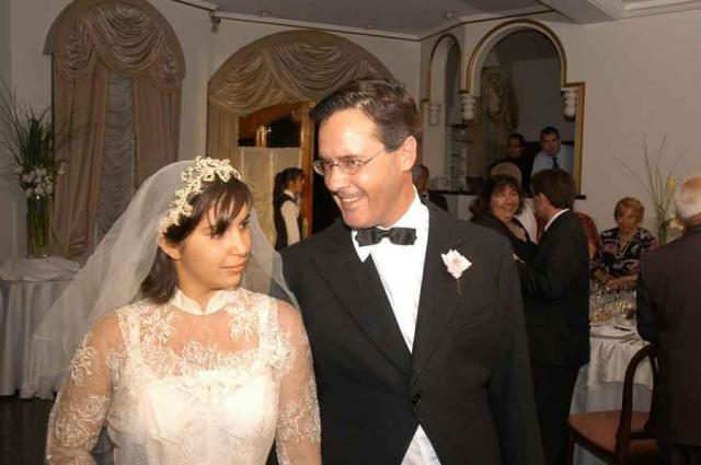Personajes Novios Falsos | Casamientos Online