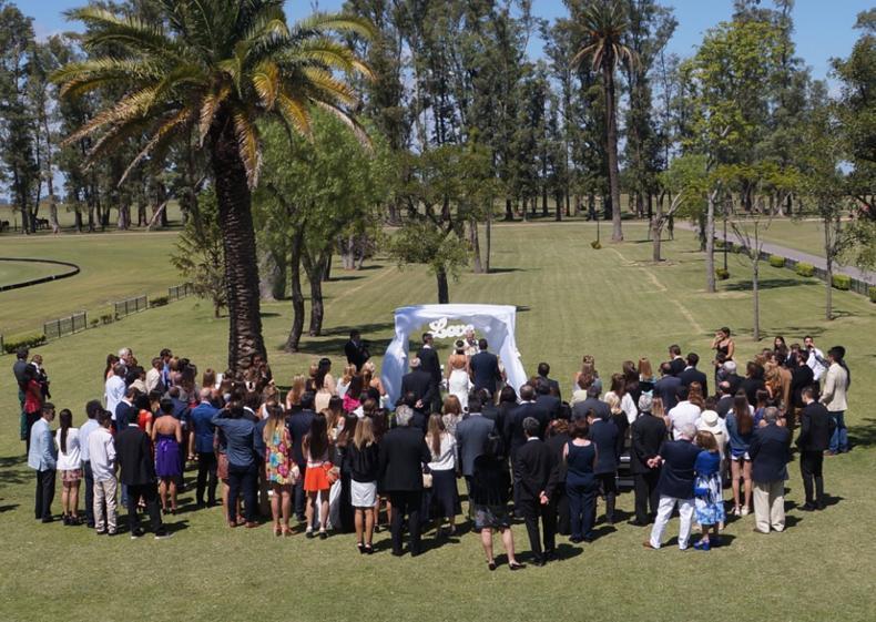 Ceremonia al aire libre. Puesto Viejo Casamiento en el campo. Ideas y fotos.