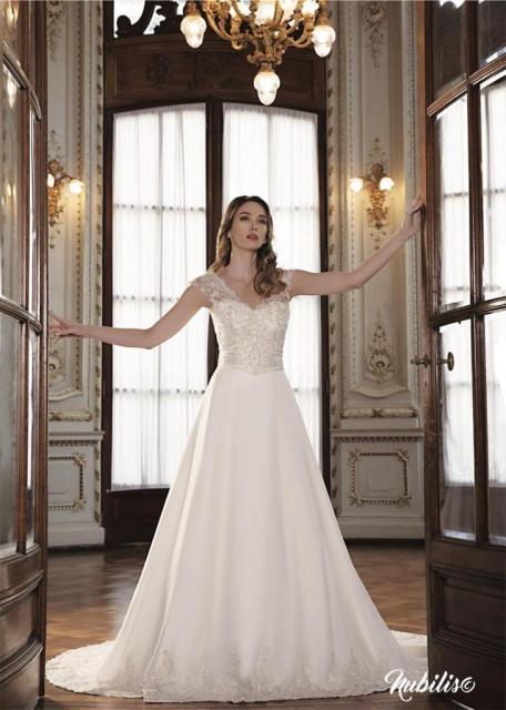 Modelo faja | Casamientos Online