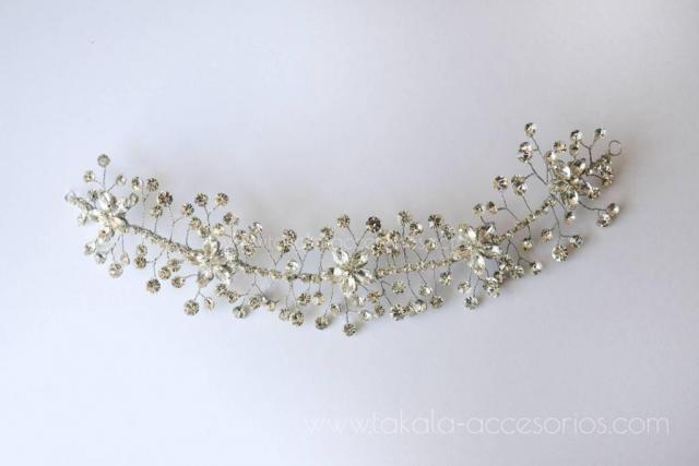 Aplique flores de strass y ramitas | Casamientos Online