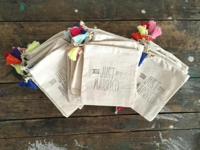 Bolsitas de lienzo Le Pou | Casamientos Online