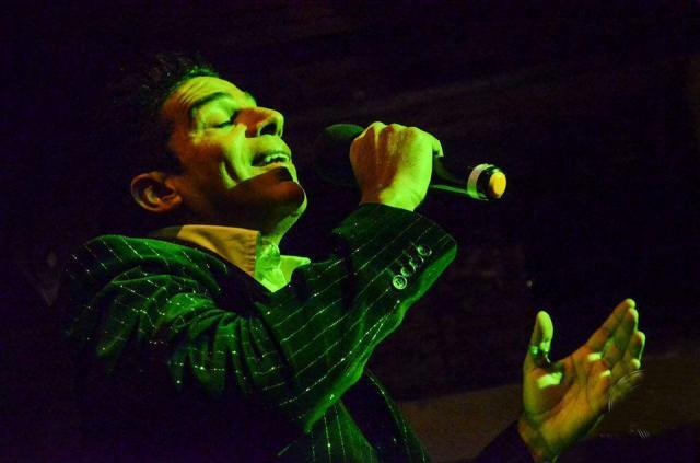 alex muñoz solista vocal con amplio repertorio   Casamientos Online